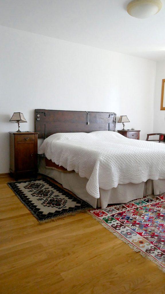 Holiday House Villa Salvador double room 01_2
