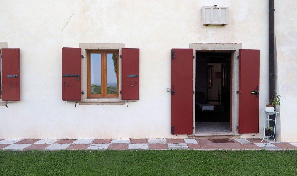 Holiday House Villa Salvador entrance